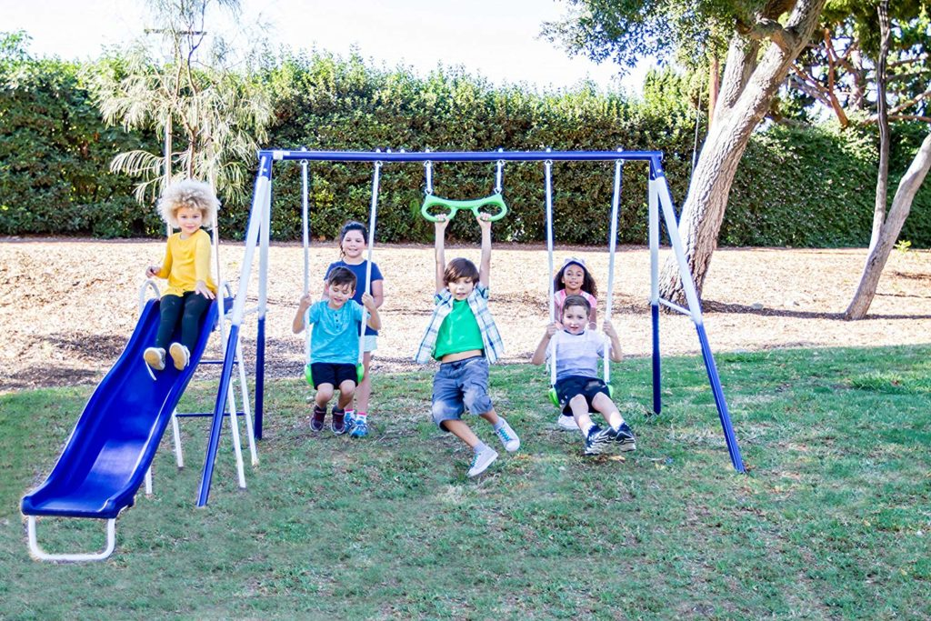 *HOLIDAY DIGEST PICK: BEST IN OUTDOOR SETS* Sportspower Swing Set: Good fun for all ages
